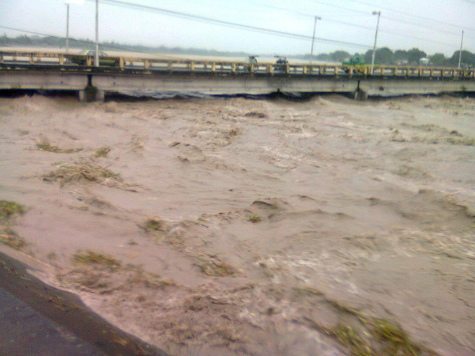 AQUINO BRIDGE TARLAC GOING TO CAMILING