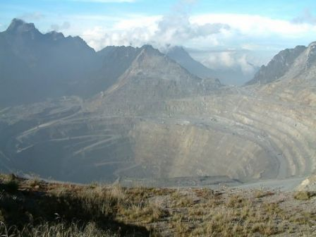 Grasberg_Mine__Indonesia.jpg