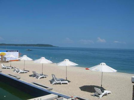 ACUATICO-BEACH-RESORT-laiya.JPG